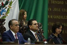 Este domingo, el gobernador de Michoacán asistió a la sesión solemne de la LXXIII Legislatura del Congreso del Estado para conmemorar el primer Centenario de la Constitución Política Mexicana de ...