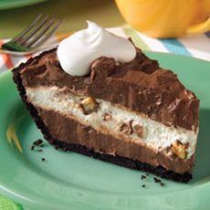 Candy Bar Pie III Recipe | Yummly