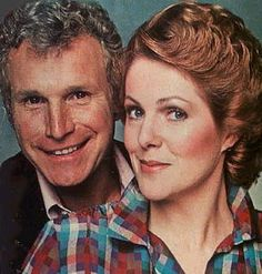 House Calls Wayne Rogers, Cast Images, 70s Tv Shows, Movin On, Tv Show Casting, Comedy Show, Television Program, Favorite Tv Shows, Tv Series
