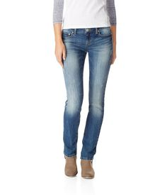 Bayla Skinny Destroyed Medium Wash Jean from Aéropostale