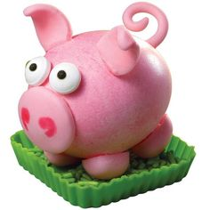 Pig Easter egg. Love the tail.