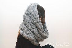 DIY INIFINITY CABLE KNIT SCARF BY PRETTY QUIRKY PANTS - FREE PATTERN