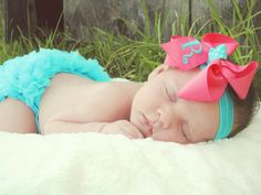 Applique Bow on Headband** bows are attached to an alligator clip and can beworn with a headband or crochet hat. Maternity Photos, Pregnancy Photos, Glitter Vinyl, Hairbows, Heat Transfer Vinyl, Hangers, Baby Gifts, Applique, Crochet Hats