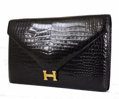 Hermes Black Crocodile Porosus Lisse Lydie Clutch Bag Best Handbags Collections on the Planet Hermes Purse, Hermes Bags, Hermes Handbags, Fashion Handbags, Purses And Handbags, Designer Handbags, Designer Shoes, Best Leather Wallet, Leather Clutch Bags