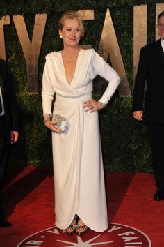 Looks inspiradores por Meryl Streep. A atriz usa um Fred Leighton branco.