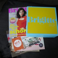 Die kommt ja nun alle 2 Monate und kostet knapp 30 Euro . Und da ist sie : Mit einer Brigitte Zeitschrift , jeder Menge Coupons ( ich brauche die meist nicht ) und dieses Mal mit Postkarten . Kann … #box #brigittebox #brigitteboxapril #beauty #boxenwahn