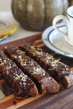 This Rawsome Vegan Life: ALMOND BISCOTTI with CHOCOLATE, NUTMEG & LEMON