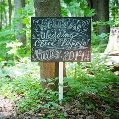 Welcoming guests to your celebration with a sign is a great way to put your personal stamp your big day.