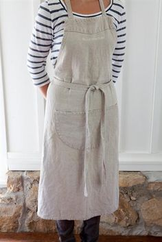 INSPIRATION:  Libeco Linen Apron.  I love the large pocket.