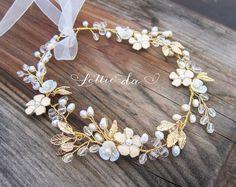Boho Silver Flower Crown Halo Hair Wrap Silver por LottieDaDesigns