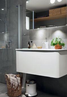 Bathroom with concrete tiles