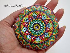 Hand Painted Stone Mandala by ISassiDellAdriatico on Etsy Mandala Painting, Pebble Painting, Dot Painting, Pebble Art, Mandala Art, Stone Painting, Mandala Painted Rocks, Mandala Rocks, Hand Painted Rocks