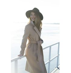 Last Minute Couture, Luana Codreanu, All The Vivids, enslucas, street style, camel coat, ripped jeans, Gino Rossi, Answear, H&M wool hat, trends, winter, fashion, style, fashion blogger, popular, cool, 2016, ootd, outfit, style blogger Camel Coat, Ripped Jeans, Style Fashion, Winter Fashion, Ootd, Street Style, Trends, Popular, Couture