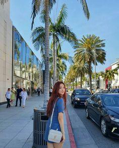 Jisoo from Blackpink Blackpink Jisoo, Kim Jennie, Yg Entertainment, K Pop, South Korean Girls, Korean Girl Groups, Rapper, Baby Poses, Blackpink Photos