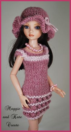 Knitting Dolls Clothes, Crochet Doll Clothes, Knitted Dolls, Doll Clothes Patterns, Crochet Barbie Patterns, Crochet Doll Dress, Doll Clothes Barbie, Barbie Dress, Accessoires Barbie