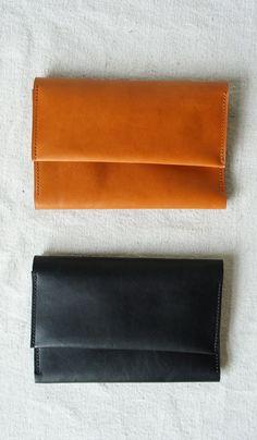 Sara Barner leather wallet
