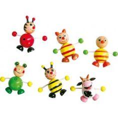 Sechs lustige Gesellen in bunten Frühlingsfarben für metallische Oberflächen. Ob Katze, Biene, Marienkäfer, Kuh, Ente oder Frosch, mit diesen kleinen Freunden und ihren magnetischen Bäuchen gehen keine Notizzettelchen verloren. Optimal für das erste Memoboard der Kleinen!