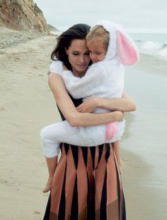 Angelina Jolie Pitt and daughter Vivienne / Vogue November 2015