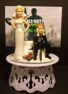 "VIDEO GAME "" MODERN WARFARE 3 "" GOT THE Controller FUNNY WEDDING CAKE TOPPER 