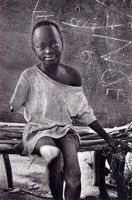 The Natinga School camp for displaced Sudanese, Southern Sudan, 1995.  [Credit : Sebastião Salgado]