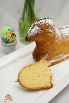 juxi's bakery: osterlamm #ichbacksmir #ostern #osterkuchen #easter
