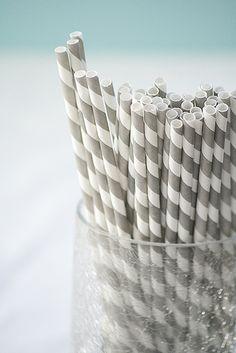 gray straws. digging it