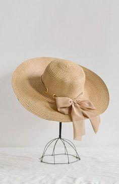 b7cd577c7 127 Best Womens Belts / Hats images in 2019   Hats, Belts for women ...