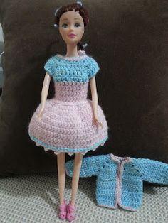 Herseyhden Var!: Barbie Tığ İşi Elbise, Ceket ve Çanta ( Barbie Cro...