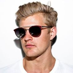 @ericsson_marcus looking good in MODO Paper-Thin sunglasses 664 🏎 #F12016 #F1 #Formula1 #sauber #SauberF1Team #racing #motorsport #modoeyewear #modoworldwide #barcelona #beMODO #buyaframegiveaframe #titanium #paperthin #eyewear #sunglasses #marcusericsson #ME9