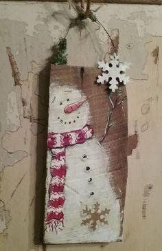 Excellent Photographs Snowman painting pallet Suggestions It truly is tricky to fight adding the snowman painting challenge directly into a form of art curric Christmas Wood Crafts, Pallet Christmas, Primitive Christmas, Christmas Signs, Rustic Christmas, Christmas Art, Christmas Projects, Winter Christmas, Holiday Crafts