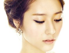 """This beautiful lady is Krystal Jung of the KPOP group F(x). She is one of the vocalist and one of the dancer of the group. She also starred in Kdramas like """"The Heirs"""" and """"My Lovable Girl"""" along with famous actors Lee Min Ho and Rain. Krystal Jung, Jessica & Krystal, Korean Beauty, Asian Beauty, Korean Eyebrows, Brown Eyed Girls, High Fashion Photography, Perfect Eyebrows, Victoria"""
