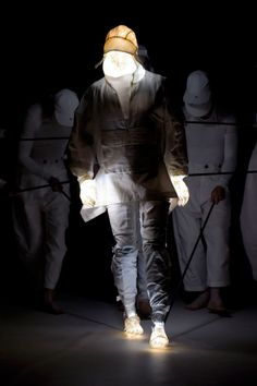 Aitor Throup Puppet Show at LCM 2016 | HYPEBEAST