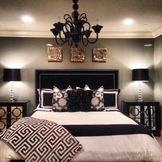 Nice black & white bedroom☻