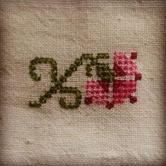#hesapisi #elnakislari #elislemeleri #handembroidery #carnation #embroideryflowers