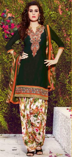 USD 28.16 Green Cotton Punjabi Suit 55904