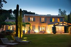 Achievements traditional line - typical provencal mas Dream Home Design, My Dream Home, House Design, French Country House, French Farmhouse, Style At Home, House Worth, Tuscan House, Park Homes