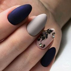 Hey there lovers of nail art! In this post we are going to share with you some Magnificent Nail Art Designs that are going to catch your eye and that you will want to copy for sure. Nail art is gaining more… Read Beautiful Nail Art, Gorgeous Nails, Pretty Nails, Trendy Nail Art, Stylish Nails, Matte Nail Art, Acrylic Nails, Nagellack Trends, Modern Nails