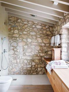 Majorcan countryside home exudes charm and character Natural stone shower. Majorcan Countryside Home- Kindesign Stone Shower, Rock Shower, Bathroom Inspiration, Bathroom Interior, Eclectic Bathroom, Scandinavian Bathroom, Design Bathroom, Small Bathroom, Bathroom Ideas