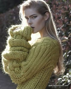 Battle Cold Temperature FASHIONABLY With These Tricks http://fashionsushi.com/2013/12/01/10-tricks-battle-cold-temperature-fashionably/