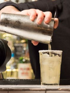 Cocktails 101: your one-step guide to making incredible mixed drinks