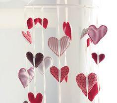 Manualidades para San Valentin romántica cortina realizada en fieltro3
