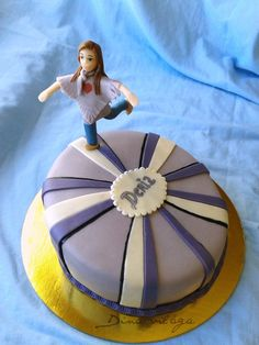 Topsy-turvy Cake http://dinavilaga.blogspot.hu/2013/11/tupsy-turvy-diogrillazs-torta.html
