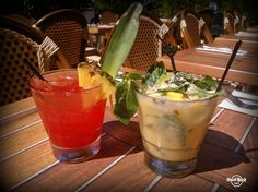 Singapore Sling and Pineapple Coconut Mojito will refresh you on a hot day like today! @Hard Rock Cafe Amsterdam #tasty #great #cocktails #summer #bar #amsterdam