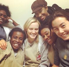 Taylor Schilling / Uzo Aduba | Orange Is The New Black