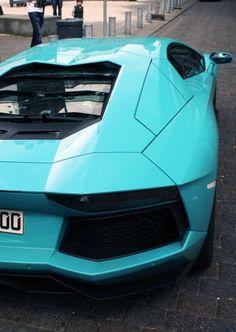 Lamborghini Aventador / Turquoise