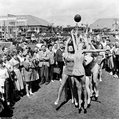 https://flic.kr/p/zzzMeA | Hi-de-Hi! 1950's Butlins holiday camps | Girls jumping for the ball during a line-out at a Butlins holiday camp in 1954.