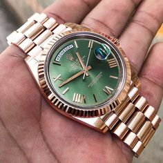 rolex watch winder for women Elegant Watches, Stylish Watches, Luxury Watches For Men, Beautiful Watches, Army Watches, Seiko Watches, Rolex Presidential, Rolex Day Date, Expensive Watches