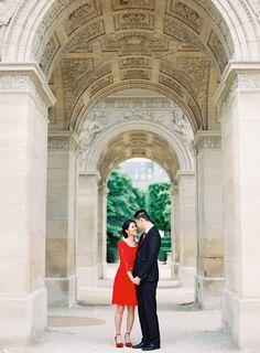 Parisian Engagement Session | Wedding Sparrow
