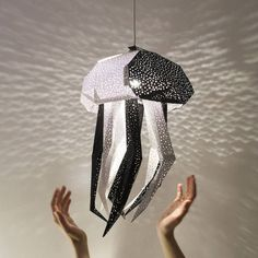 Specializing in paper lamp shades, VasiliLights creates DIY lamp shades inspired by the sea. Each sea animal lamp is a colorful way to decorate any space. Paper Light Shades, Lamp Shades, Diy Soap Dish Holder, Diy Paper, Paper Crafts, Paper Art, Animal Lamp, Journal Du Design, Paper Lampshade