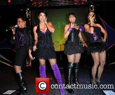 En Vogue - (in order) Maxine Jones, Dawn Robinson, Terry Ellis & Cindy Herron Field Of Dreams, Soul Music, Well Dressed, Celebrity Crush, In This World, Pretty Girls, Legs, Celebrities, Dawn